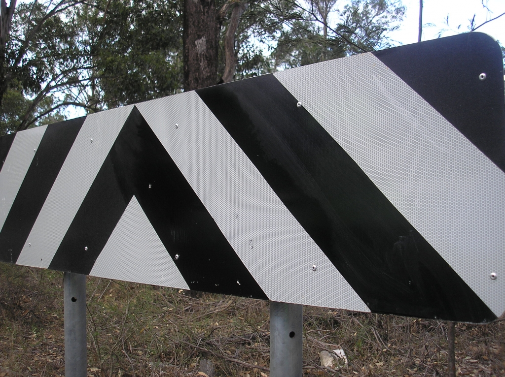 Graffiti Cleaning off road sign after